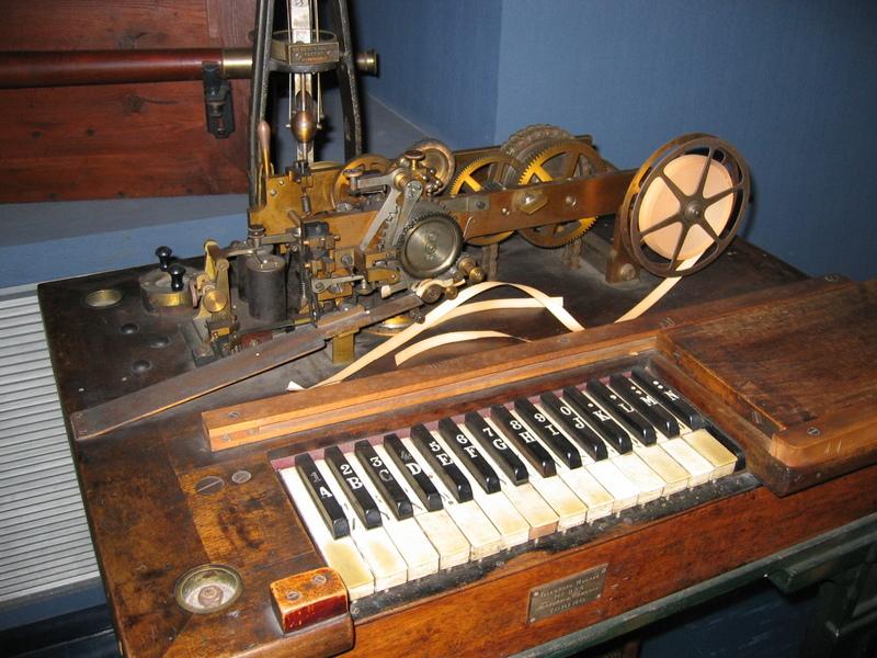 Telegrat amb teclat de piano
